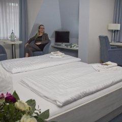 Hotel Am Alten Strom 3* Стандартный номер с двуспальной кроватью