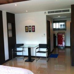 Отель Chalong Mansion 2* Студия с различными типами кроватей фото 3