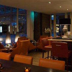 Renaissance Hamburg Hotel гостиничный бар