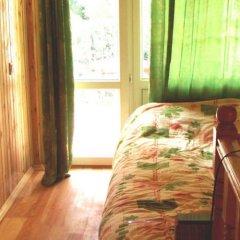 Гостиница Форосский Бриз в Форосе отзывы, цены и фото номеров - забронировать гостиницу Форосский Бриз онлайн Форос комната для гостей фото 4