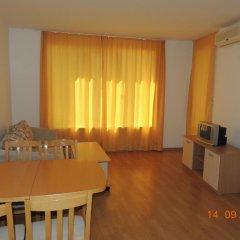 Отель Yassen VIP Apartaments Апартаменты с различными типами кроватей
