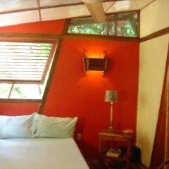 Отель Whistling Bird Resort комната для гостей