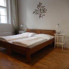 Отель Klimentska 52 Old Town Apartments Чехия, Прага - отзывы, цены и фото номеров - забронировать отель Klimentska 52 Old Town Apartments онлайн сейф в номере