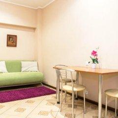 Апартаменты Apartments Elite near Sovetskaya subway station комната для гостей фото 4