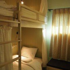 Отель The Luna Кровать в общем номере фото 3