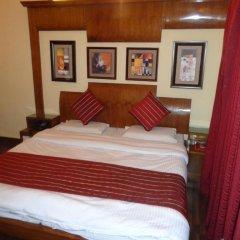 Hotel lals Haveli 2* Номер Делюкс с двуспальной кроватью фото 3