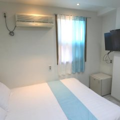 Отель Must Stay 2* Стандартный семейный номер с двуспальной кроватью фото 12