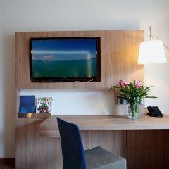 Отель Novotel Phuket Kamala Beach 4* Улучшенный номер с двуспальной кроватью фото 3