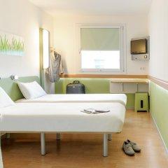Отель ibis budget Nürnberg City Messe Стандартный номер с различными типами кроватей фото 2