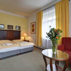 Hotel Svornost 3* Номер категории Эконом с различными типами кроватей фото 9