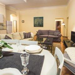 Отель Bearsleys Downtown Apartments Латвия, Рига - отзывы, цены и фото номеров - забронировать отель Bearsleys Downtown Apartments онлайн интерьер отеля