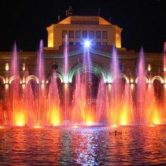 Отель Top Apartments - Yerevan Centre Армения, Ереван - отзывы, цены и фото номеров - забронировать отель Top Apartments - Yerevan Centre онлайн приотельная территория фото 2