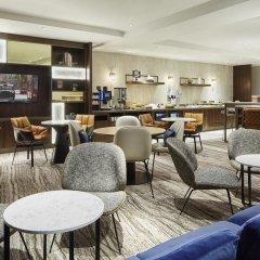 London Marriott Hotel Regents Park 4* Номер Делюкс с различными типами кроватей фото 3
