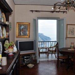 Отель Il Riposo Del Guerriero Равелло интерьер отеля