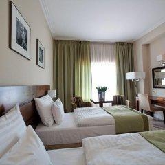 Capital Plaza Hotel 4* Стандартный номер с различными типами кроватей фото 2