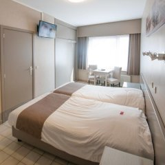 Hotel de Golf 2* Стандартный номер с 2 отдельными кроватями фото 6