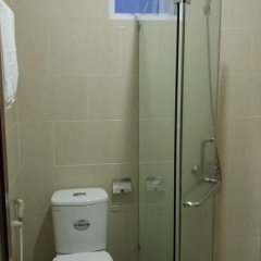 Отель House 579 Hai Ba Trung Хойан ванная