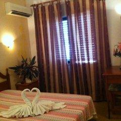Отель Santa Isabel 2* Стандартный номер с двуспальной кроватью фото 3