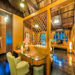 Отель Phuket Private Havana Villa гостиничный бар