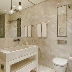 Отель Chiado Mercy - Lisbon Best Apartments Португалия, Лиссабон - отзывы, цены и фото номеров - забронировать отель Chiado Mercy - Lisbon Best Apartments онлайн ванная фото 2