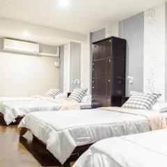 I-Sleep Silom Hostel Кровать в общем номере с двухъярусной кроватью