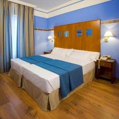 Отель Suites Gran Via 44 Apartahotel 4* Люкс с различными типами кроватей фото 5