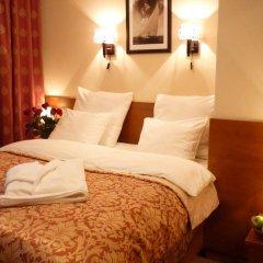 Гостиница Бентлей 3* Номер Делюкс двуспальная кровать