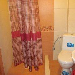 Гостиница Guest House Stari Druzy Украина, Волосянка - отзывы, цены и фото номеров - забронировать гостиницу Guest House Stari Druzy онлайн ванная