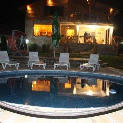 Отель Guesthouse Sianie Болгария, Тырговиште - отзывы, цены и фото номеров - забронировать отель Guesthouse Sianie онлайн бассейн фото 3
