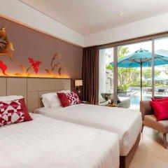 Отель Grand Mercure Phuket Patong 5* Улучшенный номер с двуспальной кроватью фото 6