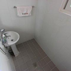 Отель Unni House 2* Стандартный номер с различными типами кроватей (общая ванная комната)