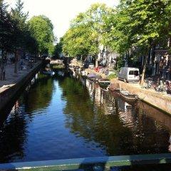 Отель International Budget Hostel City Center Нидерланды, Амстердам - 1 отзыв об отеле, цены и фото номеров - забронировать отель International Budget Hostel City Center онлайн приотельная территория фото 2