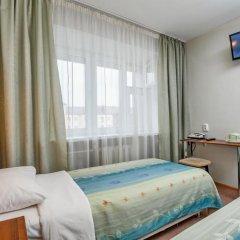 Гостиница Волга 2* Номер Эконом с 2 отдельными кроватями фото 3