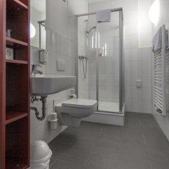Отель Townhouse Düsseldorf 3* Стандартный номер с двуспальной кроватью фото 16