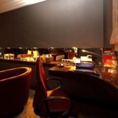 Отель Crowne Plaza Riyadh Minhal Саудовская Аравия, Эр-Рияд - отзывы, цены и фото номеров - забронировать отель Crowne Plaza Riyadh Minhal онлайн гостиничный бар