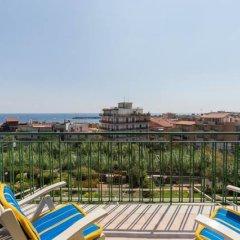 Отель Appartamento Glass Cinquecento Италия, Джардини Наксос - отзывы, цены и фото номеров - забронировать отель Appartamento Glass Cinquecento онлайн балкон