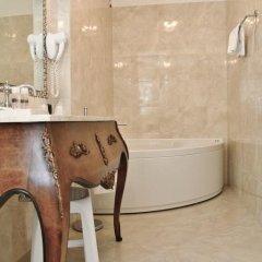 Отель Pesaro Palace 4* Стандартный номер с различными типами кроватей фото 32