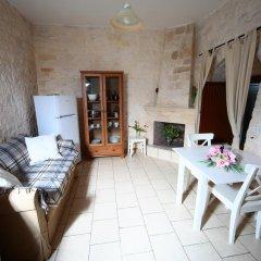 Отель Trulli Pietra Preziosa Альберобелло комната для гостей фото 2