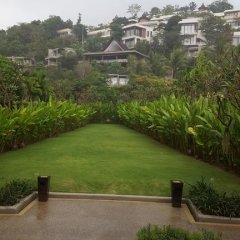 Отель Villas Overlooking Layan балкон