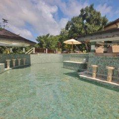 Отель Tropical Hideaway бассейн фото 3