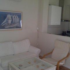 Отель Apartamentos Mirabal Испания, Херес-де-ла-Фронтера - отзывы, цены и фото номеров - забронировать отель Apartamentos Mirabal онлайн комната для гостей фото 2