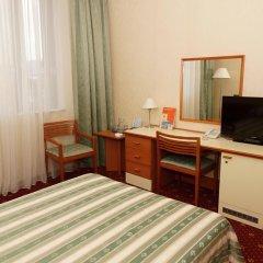 Каравелла отель 3* Стандартный номер с 2 отдельными кроватями фото 3