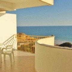 Отель Apartamentos Rocha Praia Mar Португалия, Портимао - отзывы, цены и фото номеров - забронировать отель Apartamentos Rocha Praia Mar онлайн балкон