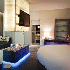 Seven Hotel Paris 4* Улучшенный люкс с различными типами кроватей фото 9
