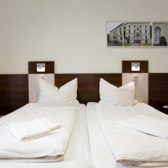 Отель Jugendherberge Düsseldorf Стандартный номер с различными типами кроватей