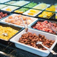 Отель Axor Feria питание фото 3