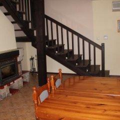 Отель Holiday Village Kedar Болгария, Долна баня - отзывы, цены и фото номеров - забронировать отель Holiday Village Kedar онлайн комната для гостей