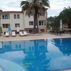 Amari Hotel Метаморфоси бассейн