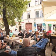 Отель Oldtown Square Cape Чехия, Прага - отзывы, цены и фото номеров - забронировать отель Oldtown Square Cape онлайн гостиничный бар