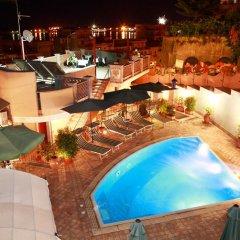 Отель B&B Villa Cristina Джардини Наксос бассейн